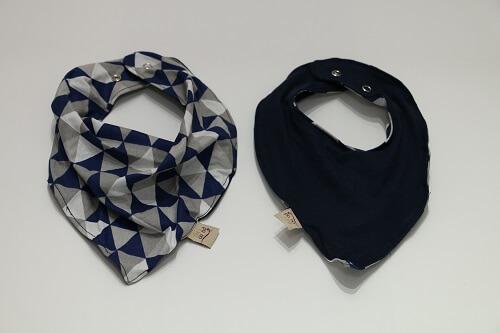 Babador Bandana Azul de Triângulos