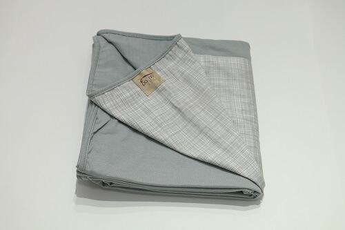 Wrap Sling Cinza com detalhe em Riscas